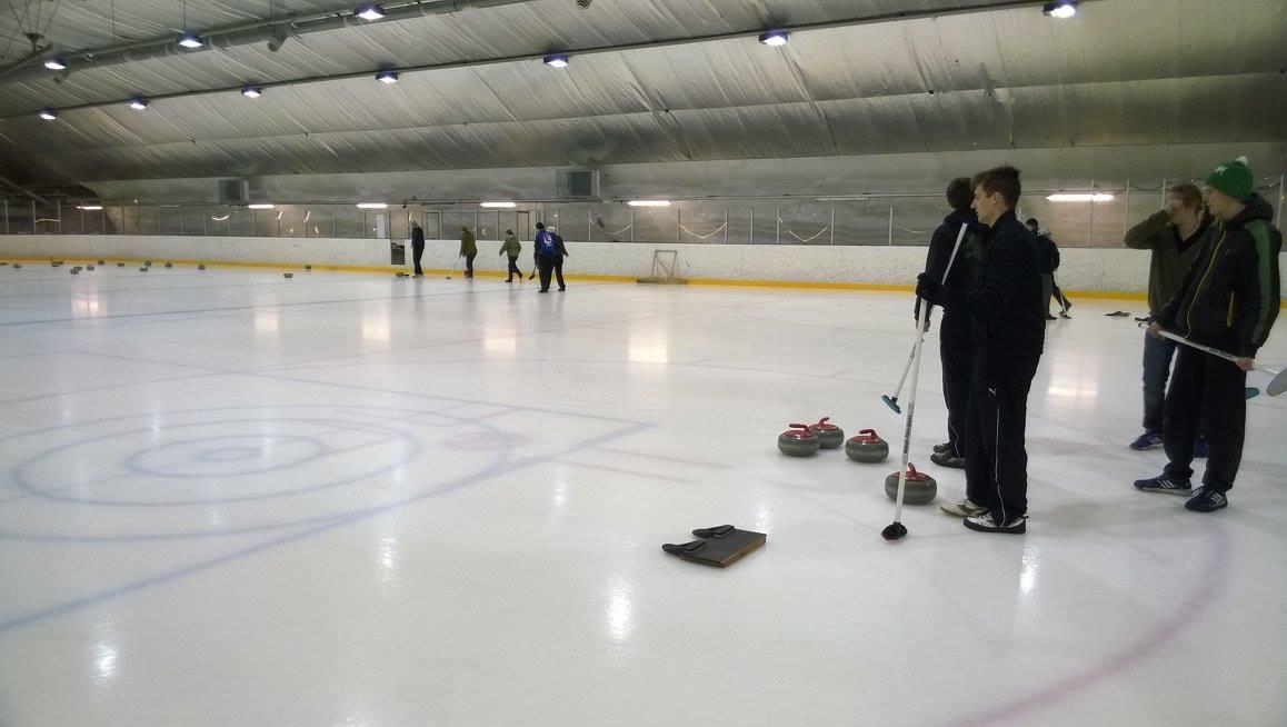 curling09042015-2