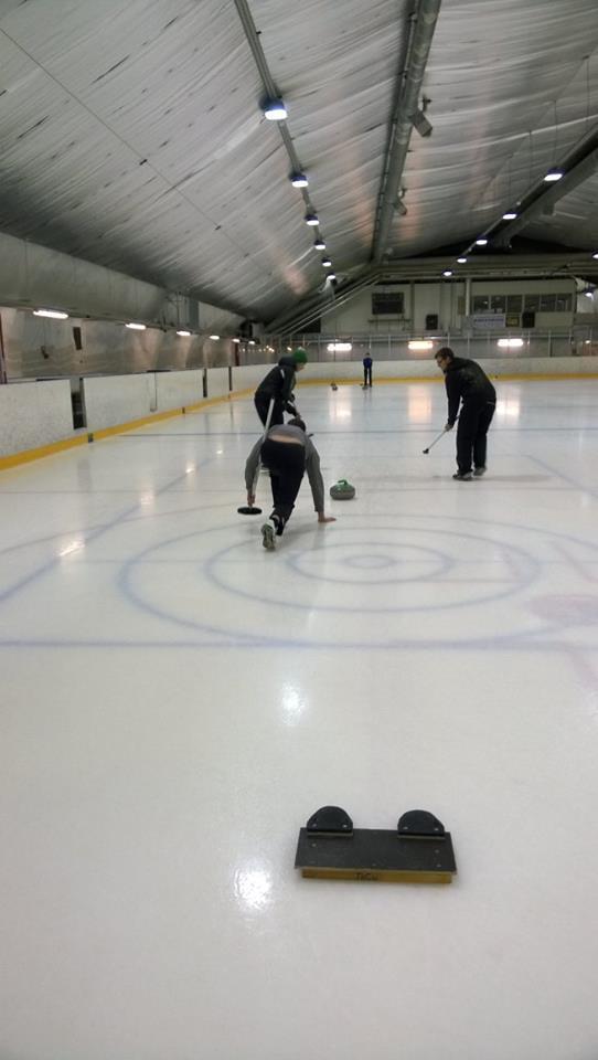 curling09042015-4